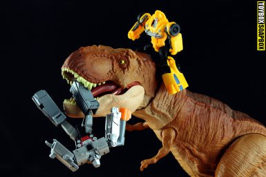 transformers-bumblebee-movie-megatron-toy