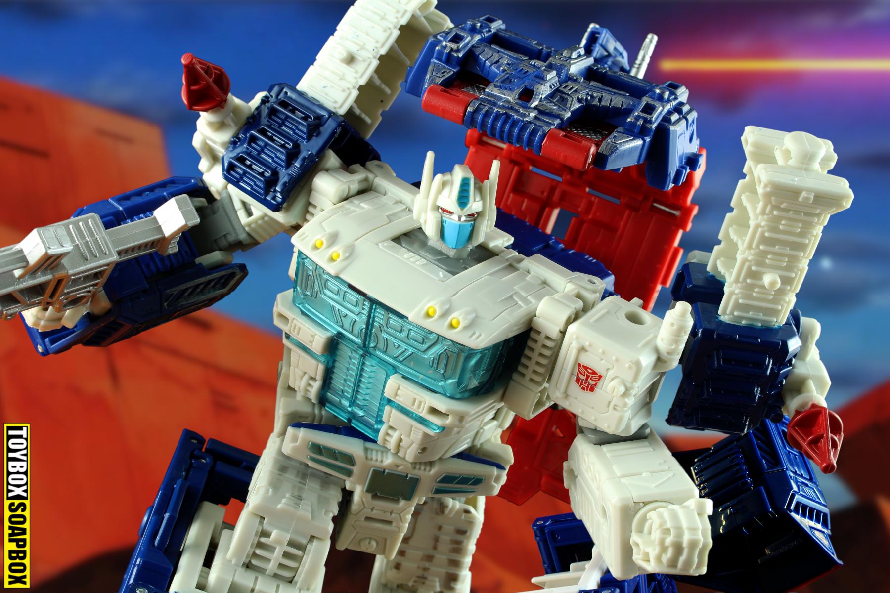 transformers siege ultra magnus leader review