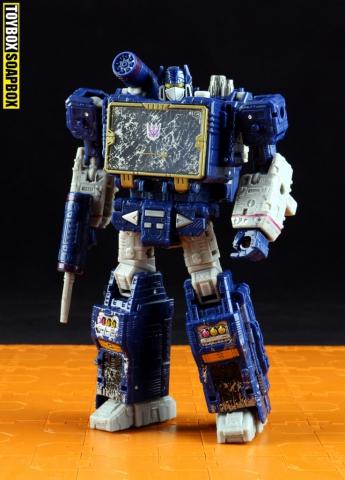 siege-soundwave-robot-mode
