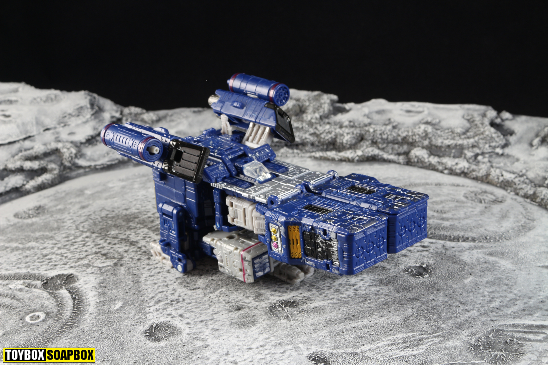transformers siege soundwave transformers vehicle mode