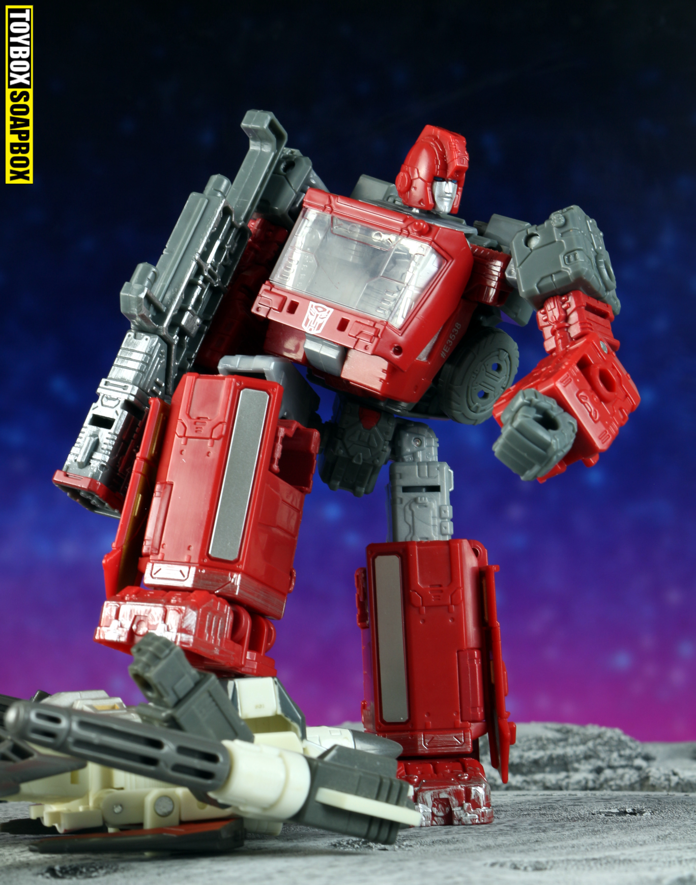 war for cybertron siege ironhide hammer