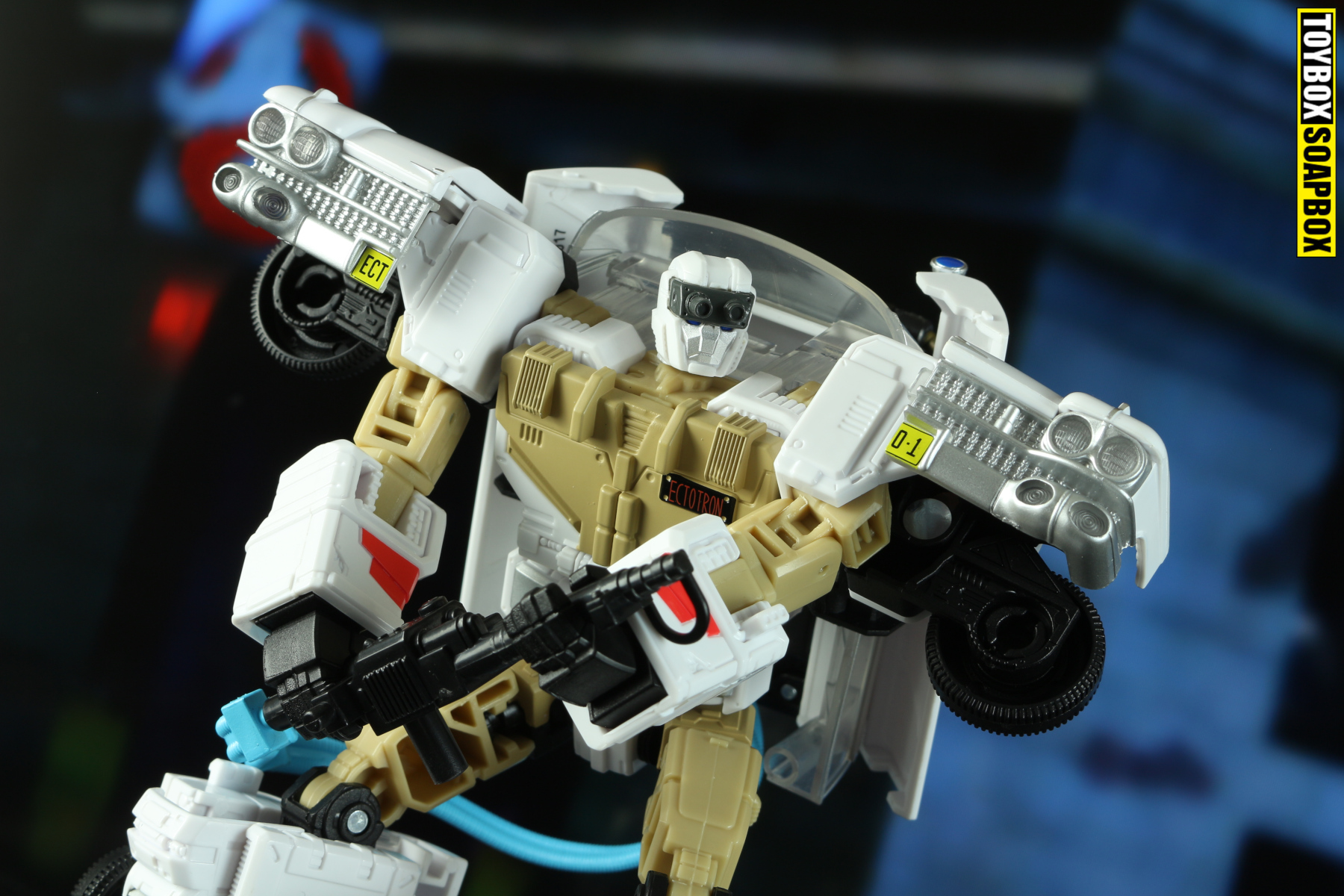 ectotron-idw-ghostbusters-transformers-proton-pack