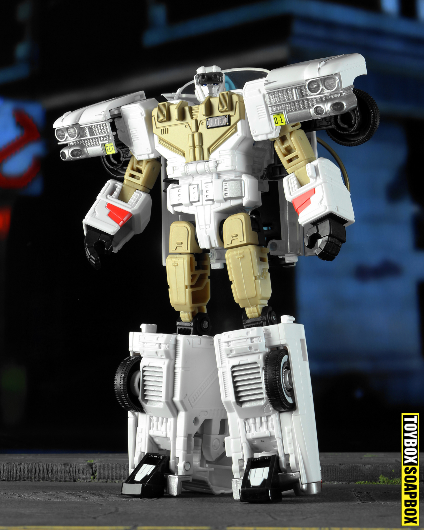 ghostbusters x transformers ectron review robot mode