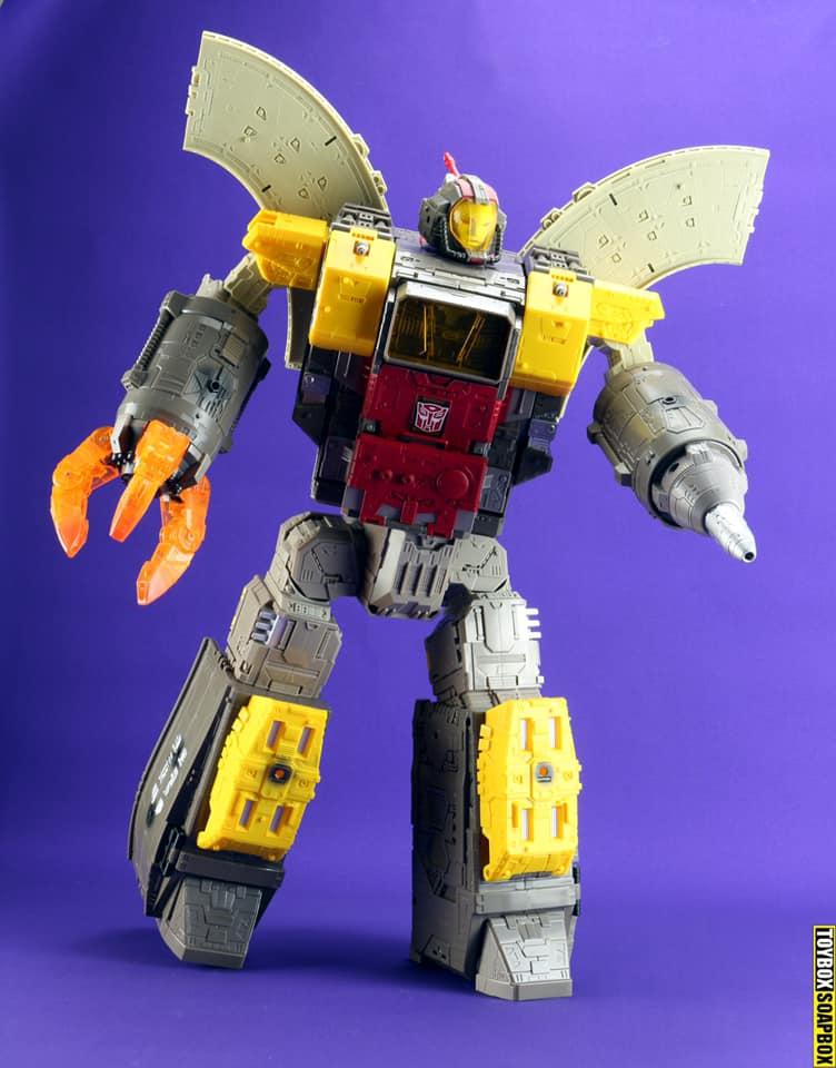 titan-class-siege-supreme-omega-supreme