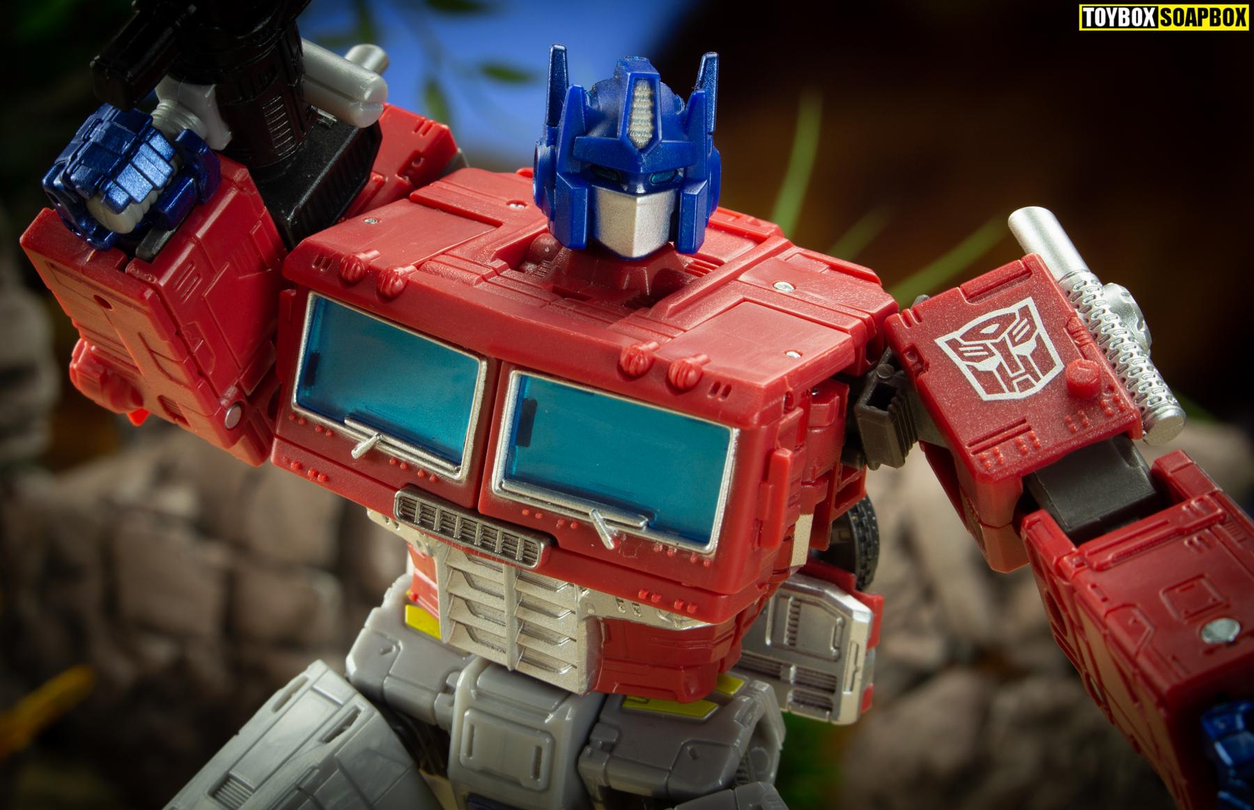 earthrise optimus prime face