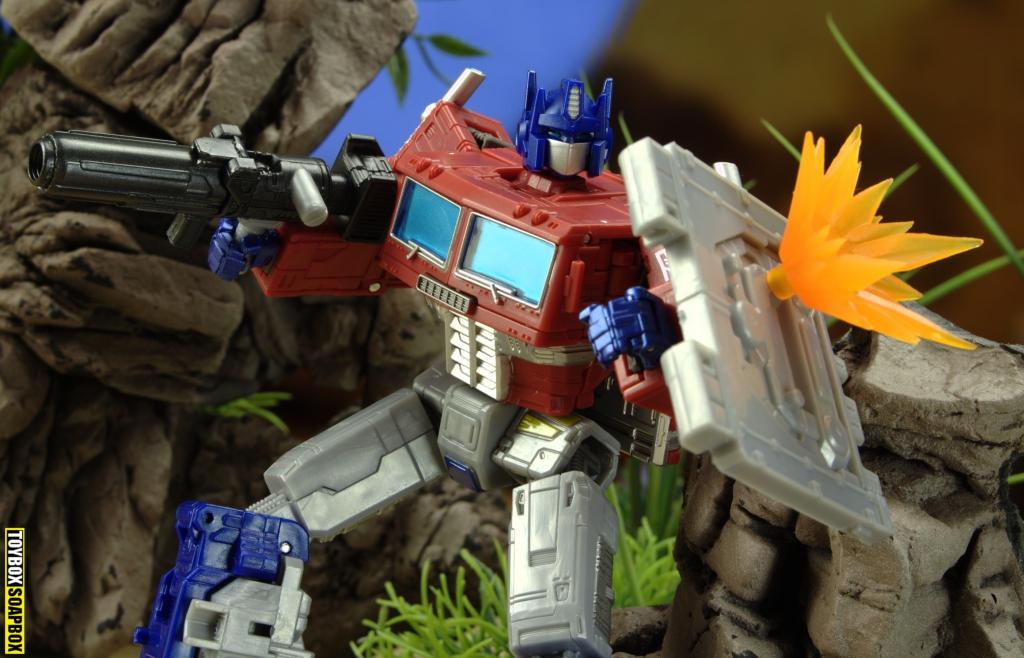 earthrise optimus prime shield