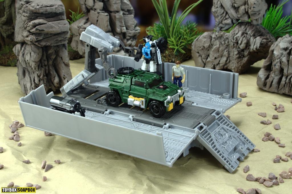 earthrise optimus prime battle deck