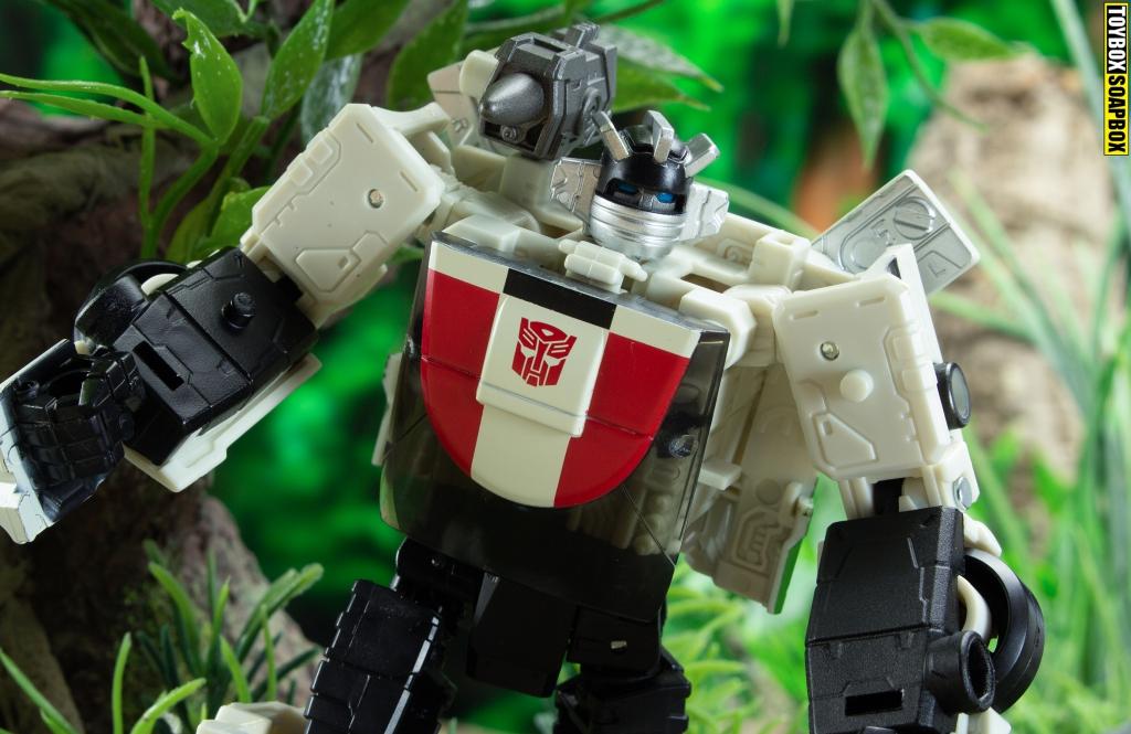 transformers wheeljack earthrise face