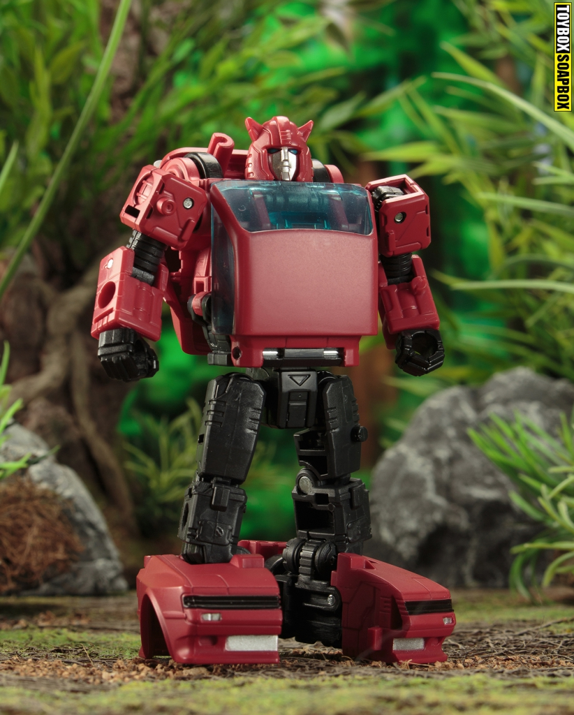 transformers earthrise deluxe cliffjumper robot mode