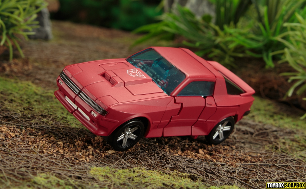 transformers earthrise cliffjumper vehicle mode roof