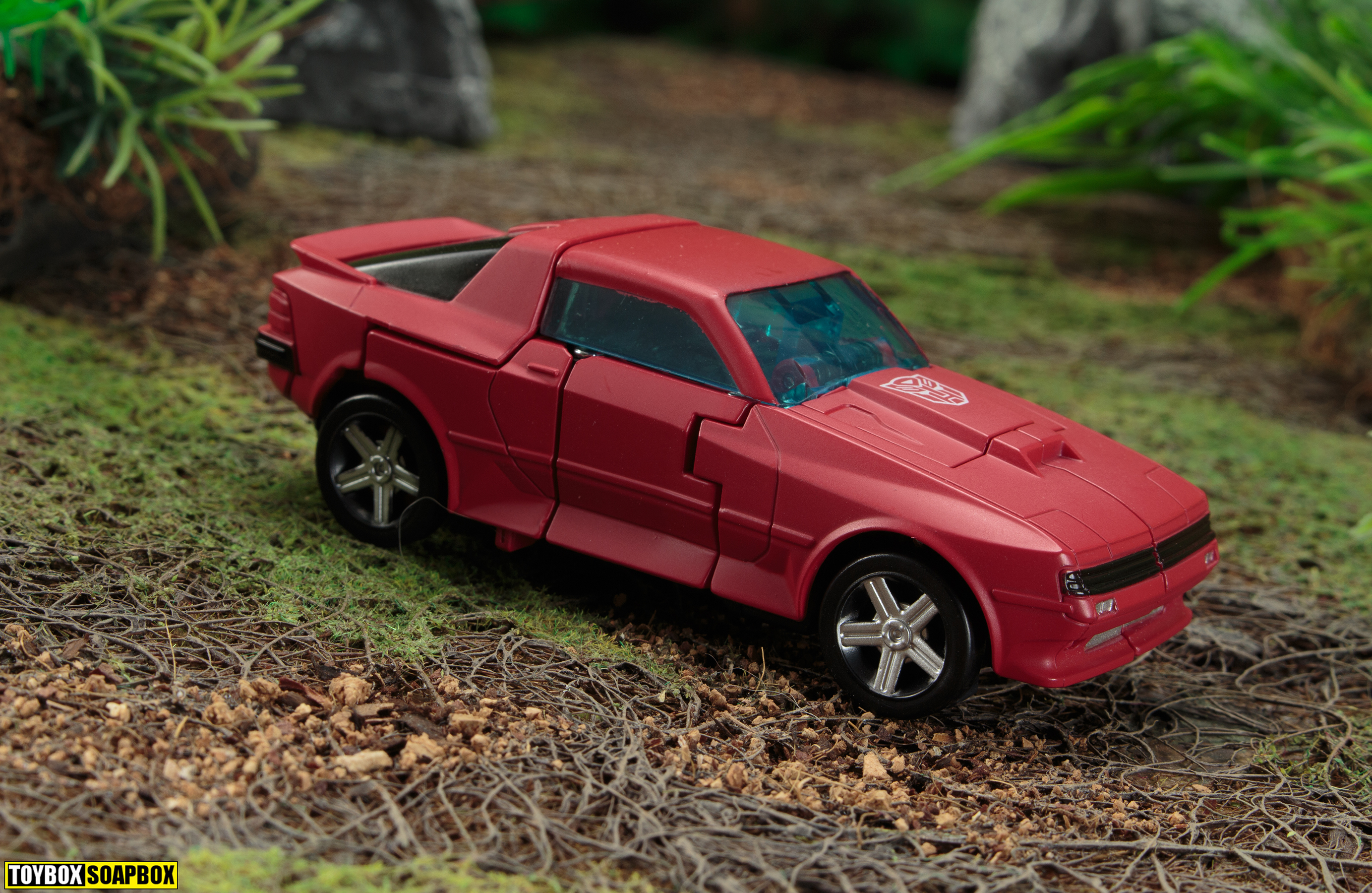 transformers earthrise cliffjumper vehicle mode side