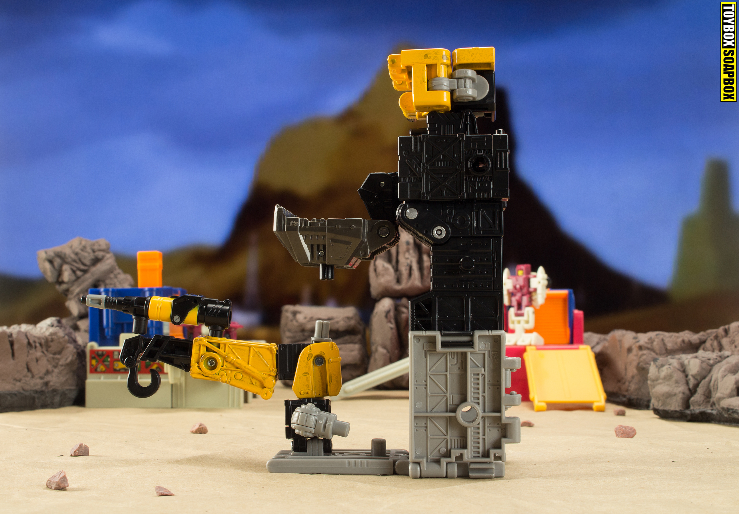 transformers earthrise ironworks base side