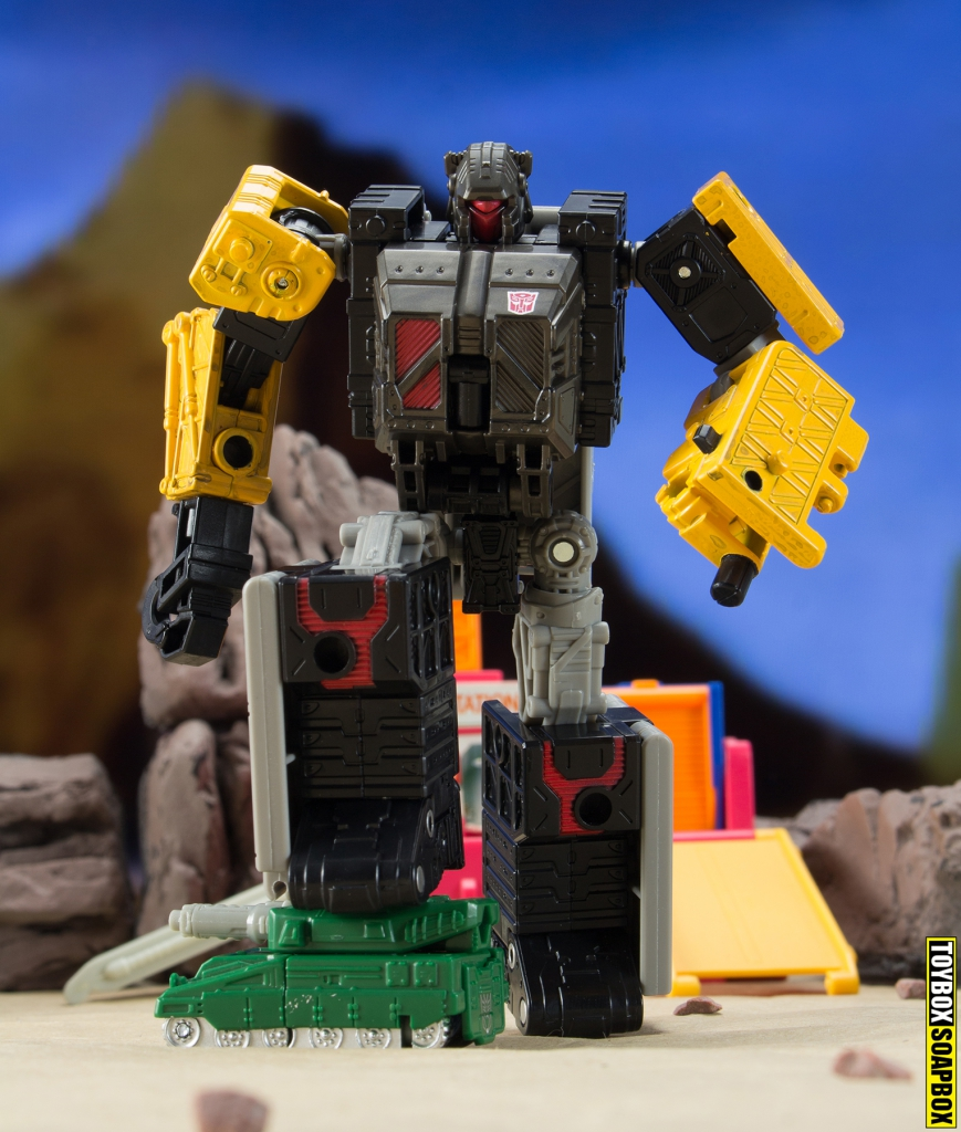 transformers earthrise ironworks micromaster bombshock
