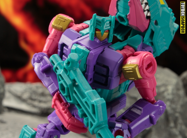 overbite-transformers-seacons-g1