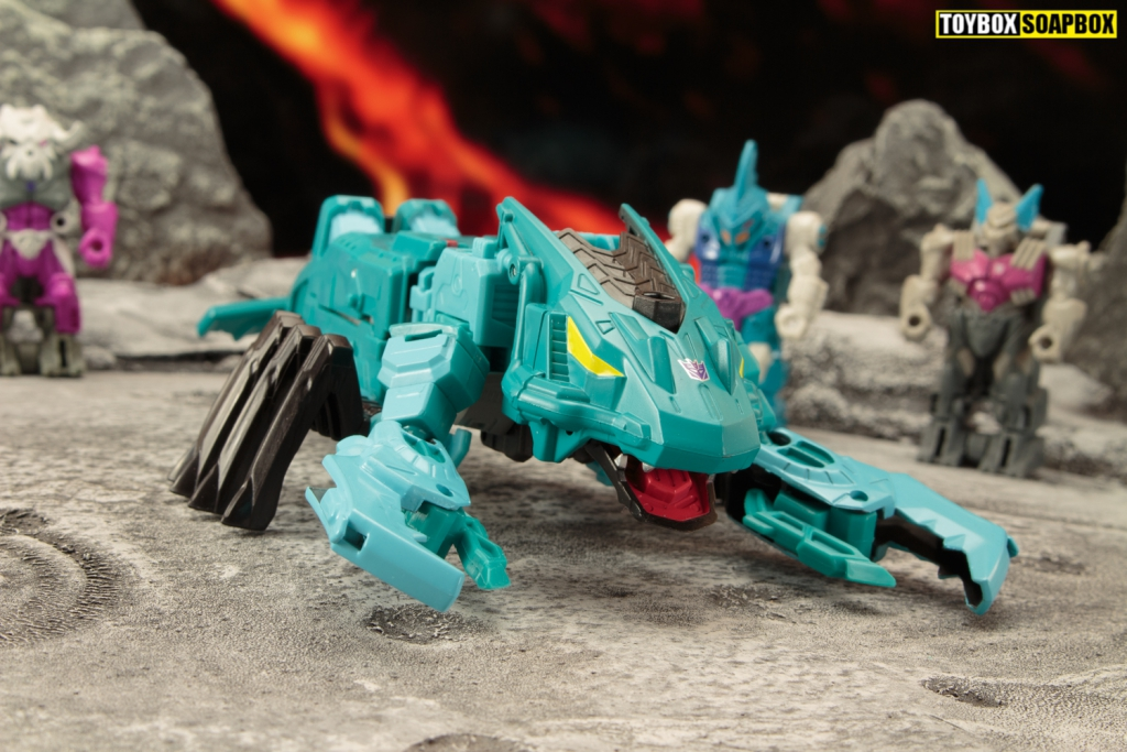 TRANSFORMERS-NAUTILATOR-generations-selects-seacons-review