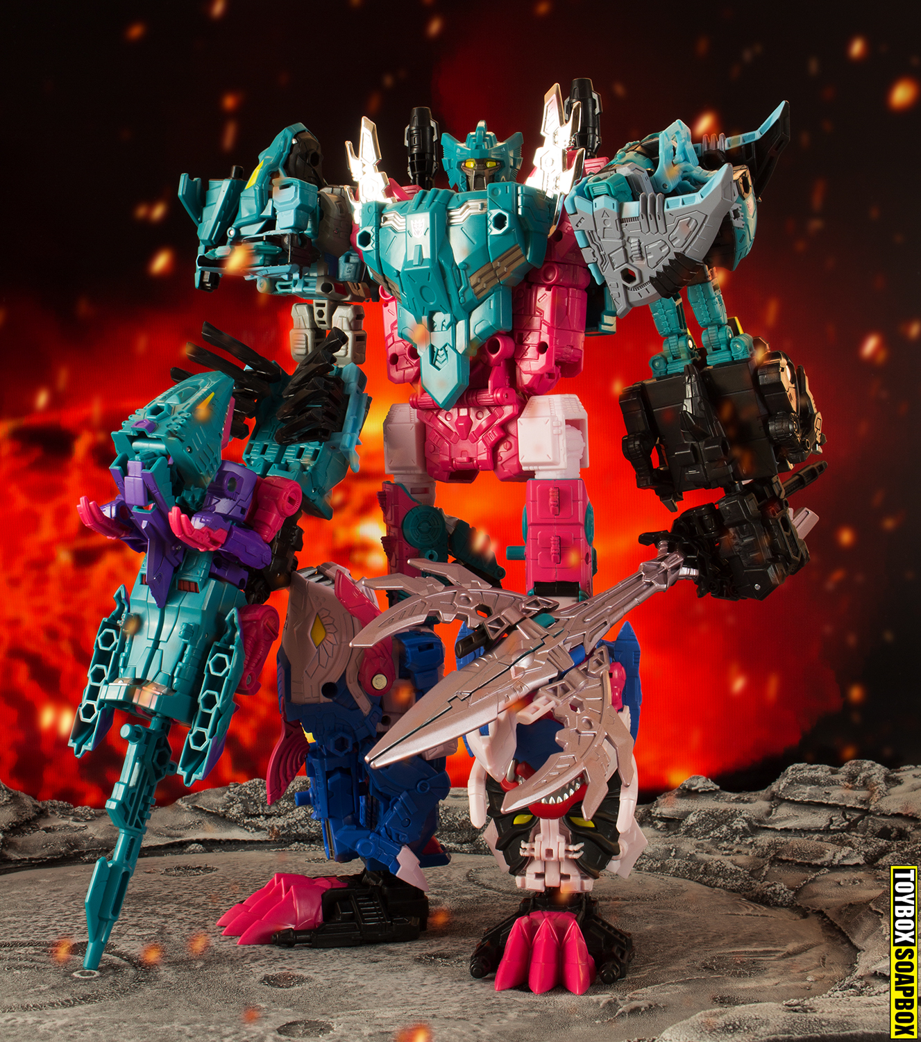 transformers-generations-selects-seacons-piranacon-review