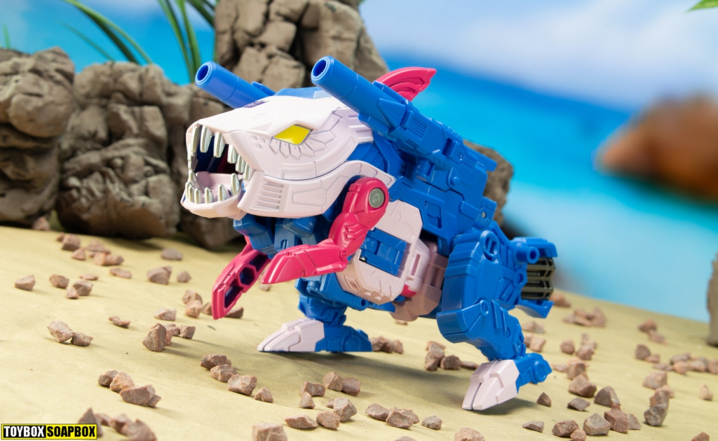transformers-skalor-generations-selects-seacons-review