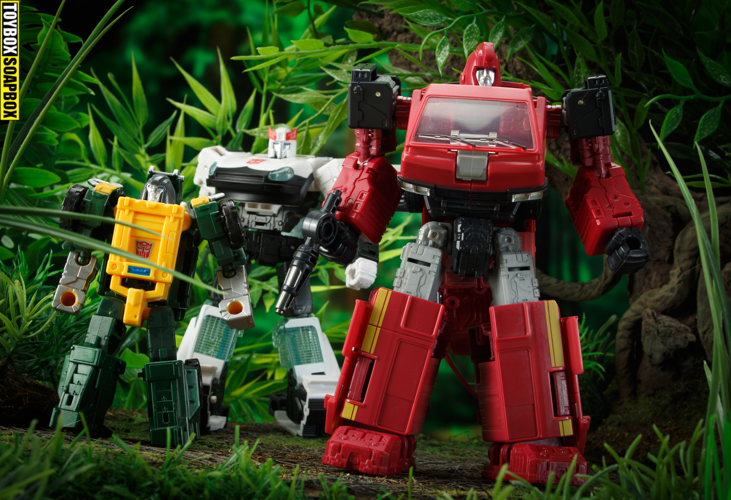 autobot alliance ironhide and prowl plus titans return Brawn