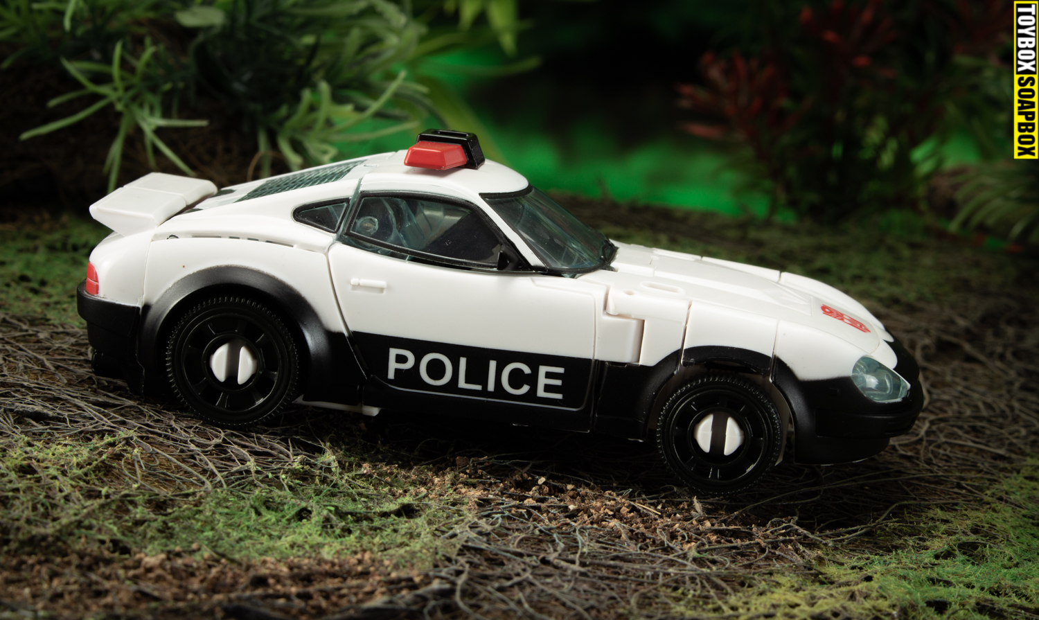 autobot-alliance-prowl-police-car