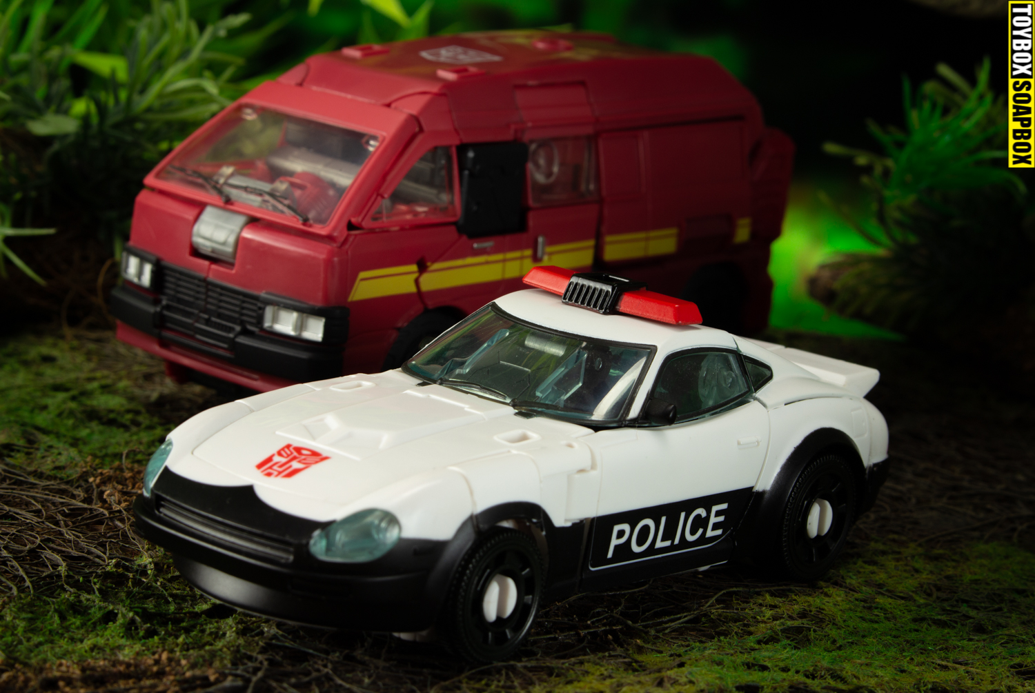 autobot alliance prowl and ironhide vehicle modes
