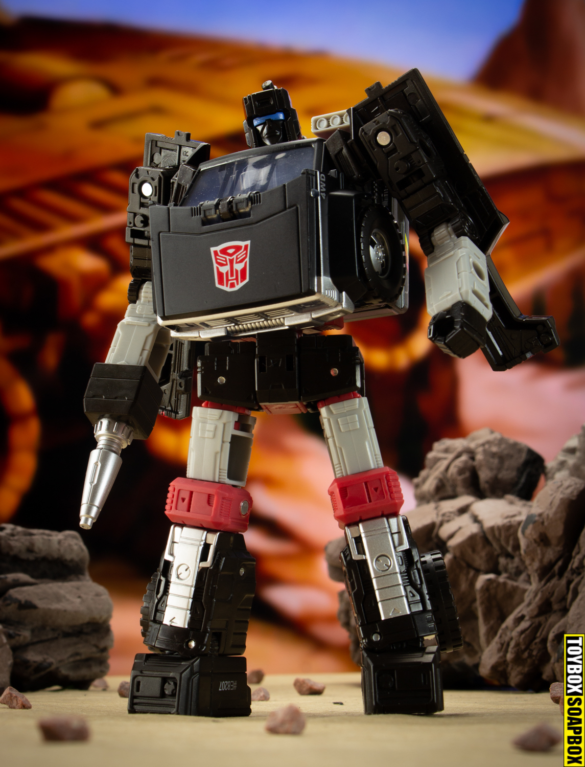 transformers earthrise trailbreaker review