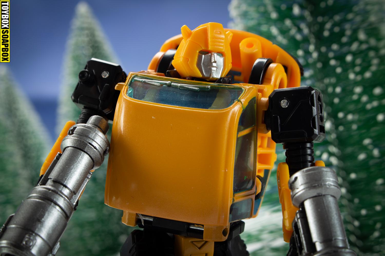 transformers earthrise bumblebee head and guns