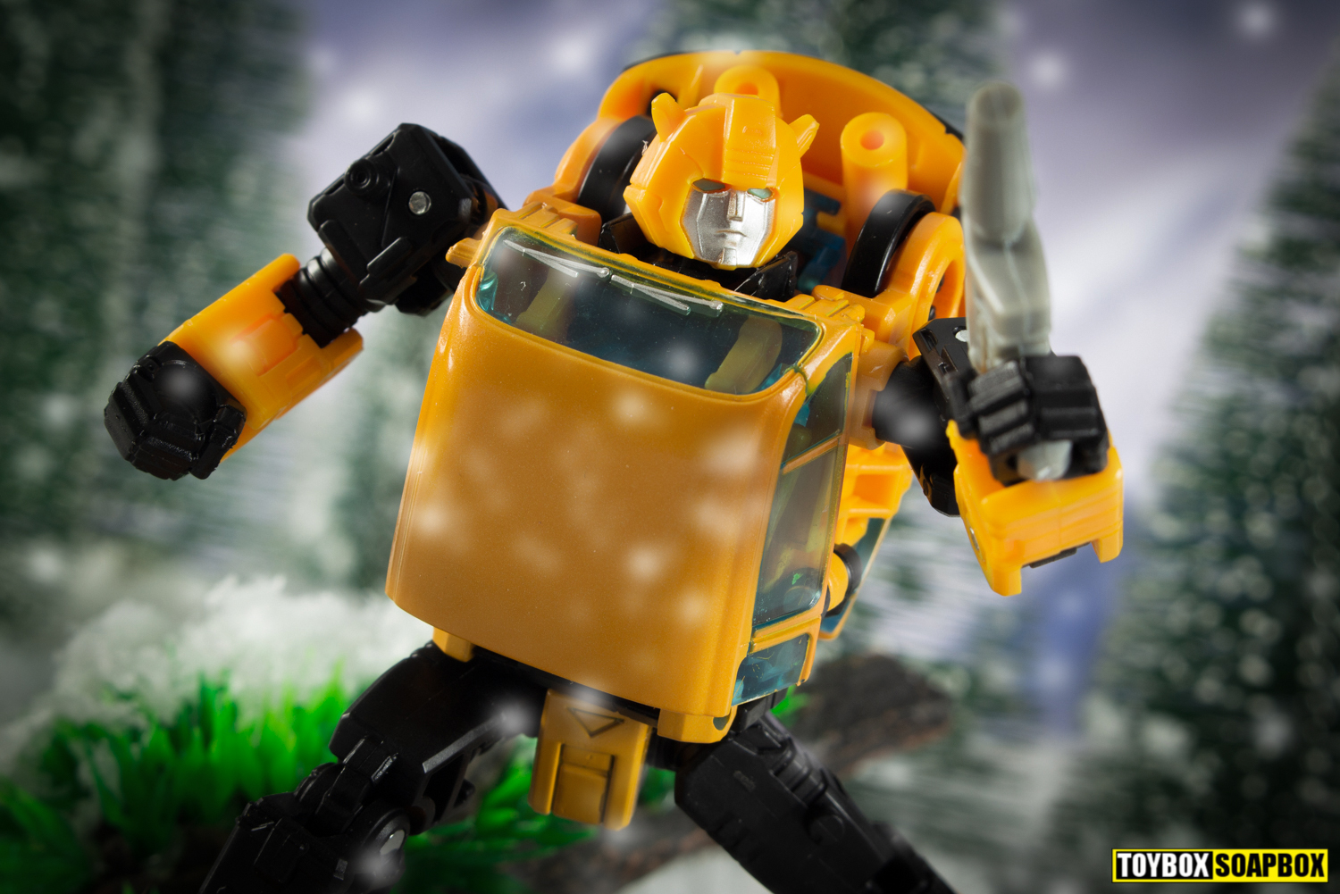 transformers earthrise bumblebee review netflix