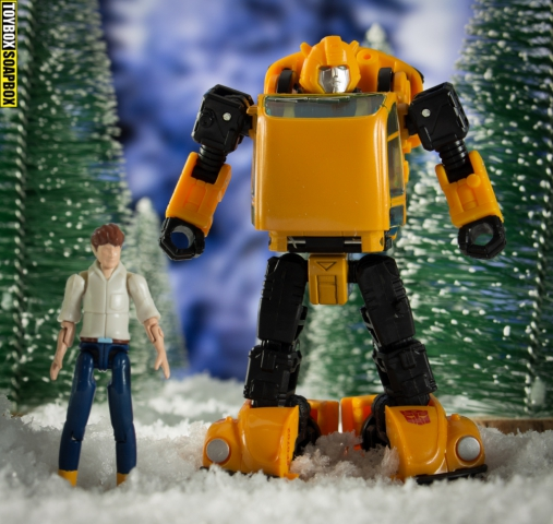 Netflix bumblebee and spike witwicky