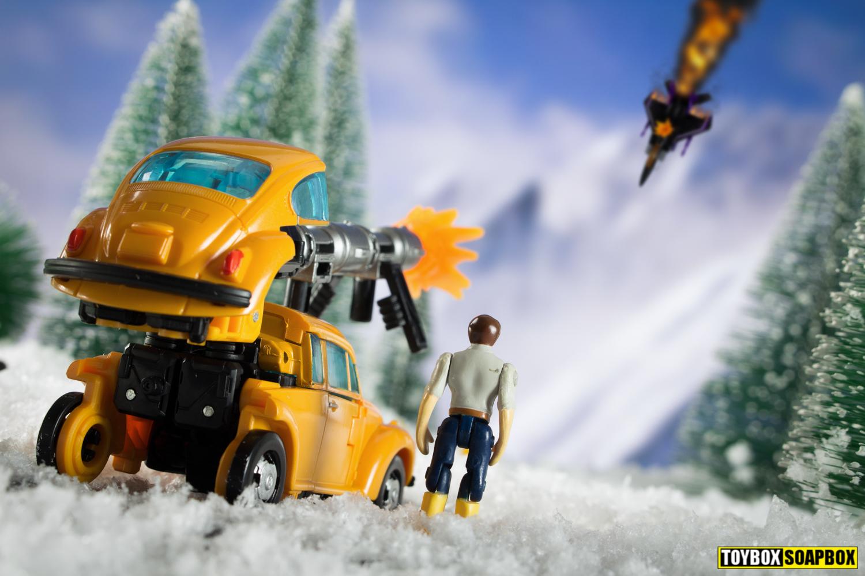 Netflix bumblebee transformers skywarp review