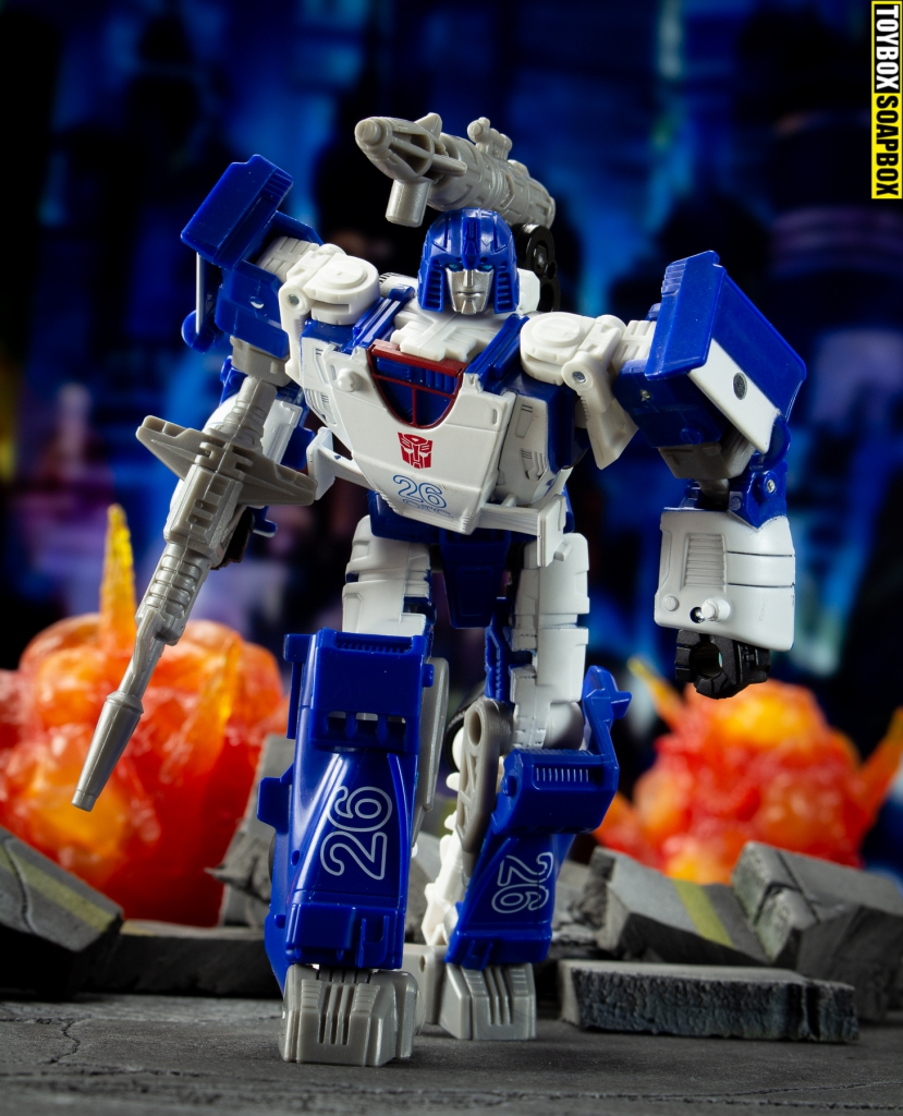 Mirage-transformers-battle-across-time