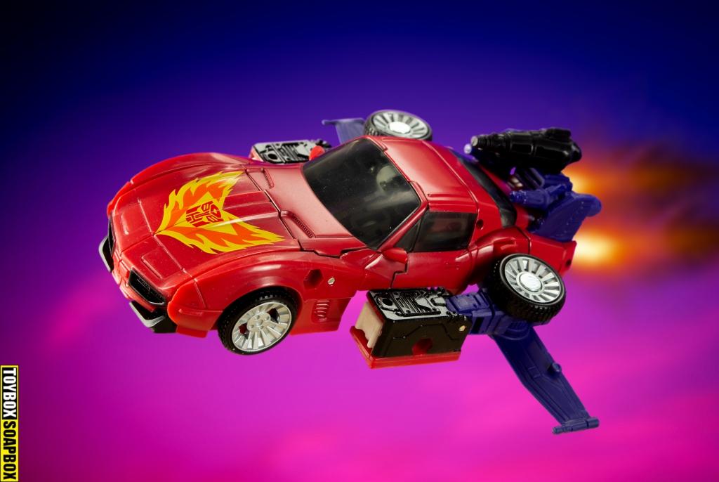 transformers-road-rage-folying-car-mode